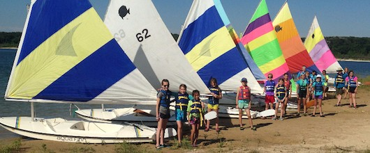 GSCTX Mariners with their sailboats at Lake Belton